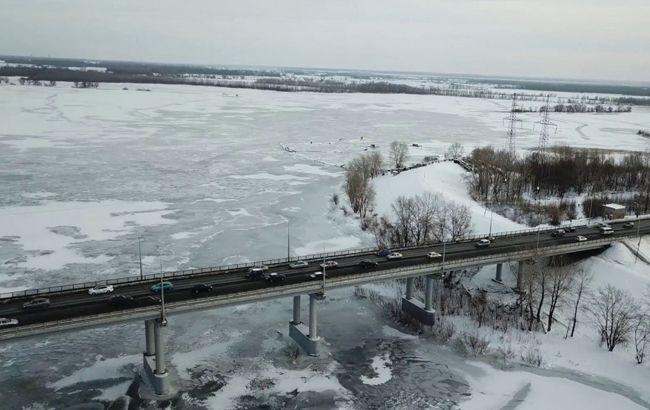 В Києві сьогдні' обмежать рух на двох мостах