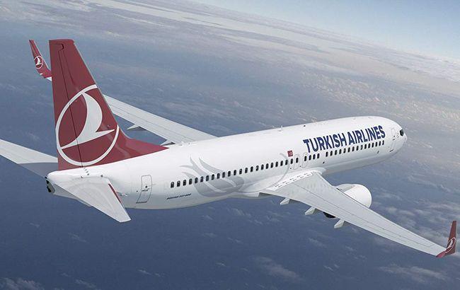 В США из-за турбулентности в самолете пострадали более 30 человек