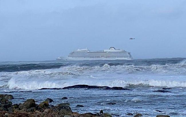 Вблизи Норвегии потерпело крушение судно с более чем тысячей пассажиров на борту