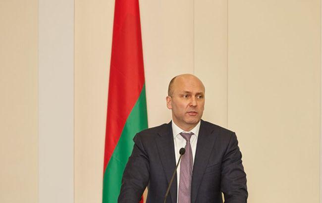 Екс-начальника охорони Лукашенка звинуватили у хабарі від російської компанії