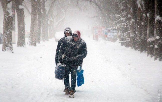 """Фото: Одессу замело снегом (""""Думская"""")"""