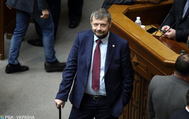 Оставил отметину на лбу: Мосийчук избил Ляшко тростью