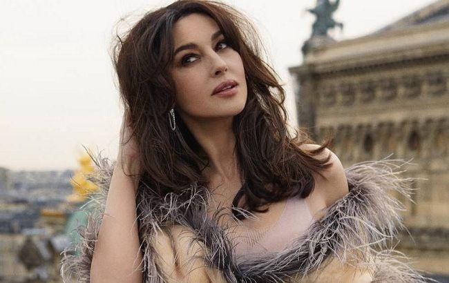 Очей не відірвати: розкішна Моніка Беллуччі блищить в Римі в сексуальному вбранні і з новою зачіскою