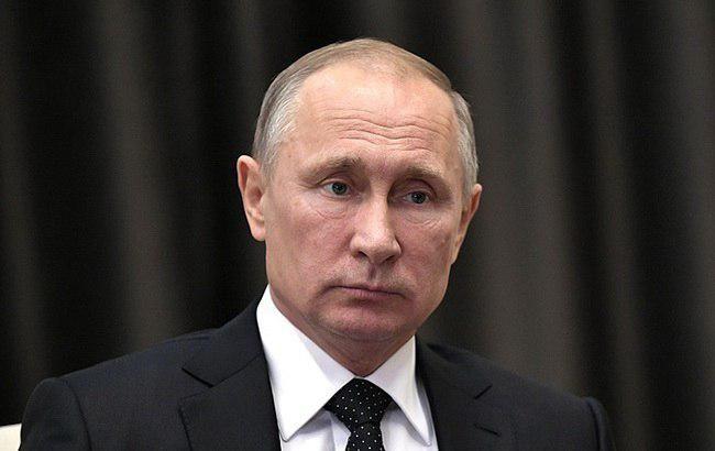 Путин планирует стать премьером с расширенными полномочиями, - Bloomberg