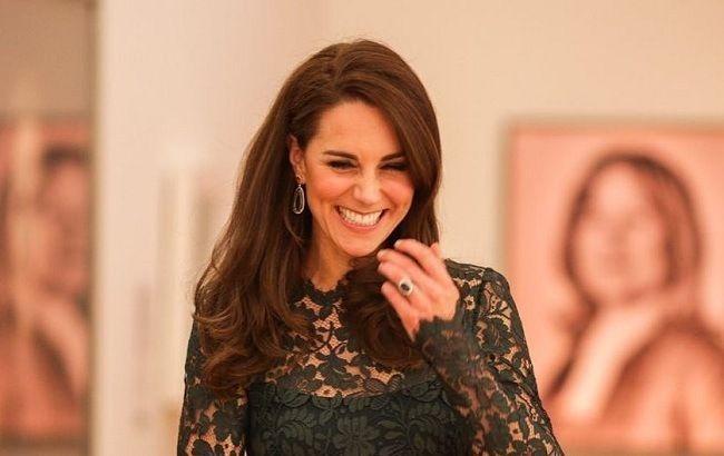 Изумрудная королева: эксперт рассказал, почему Кейт Миддлтон обожает зеленый цвет в одежде