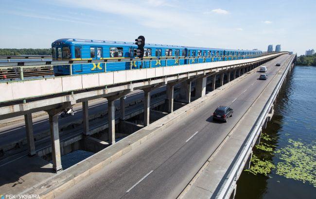 Движение по мосту Метро частично восстановлено