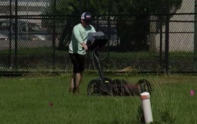 У Флориді на території школи виявили 145 могил