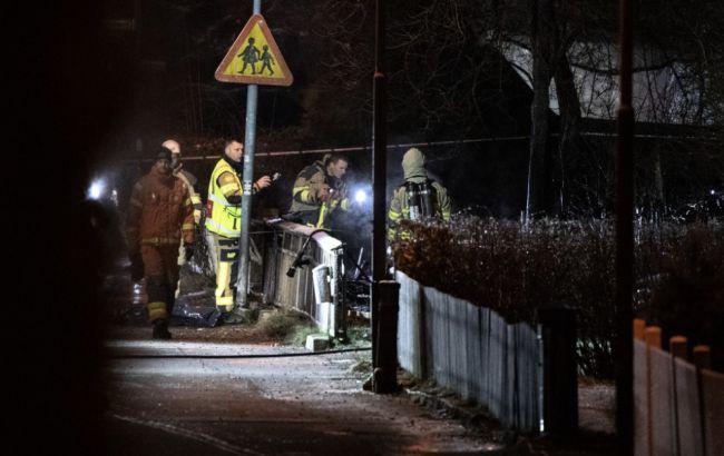 У Швеції літак розбився біля житлового будинку, є жертви