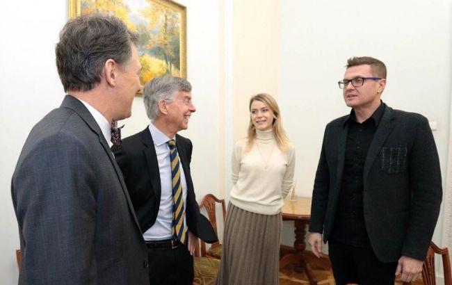 Баканов обговорив нормандську зустріч з помічником держсекретаря США