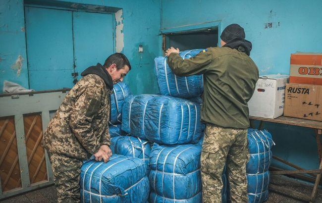 На Донбасс передали 20 тонн помощи для местных жителей