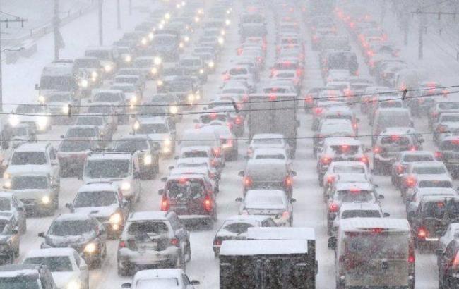 Порушення руху транспорту: синоптики попередили про погіршення погоди