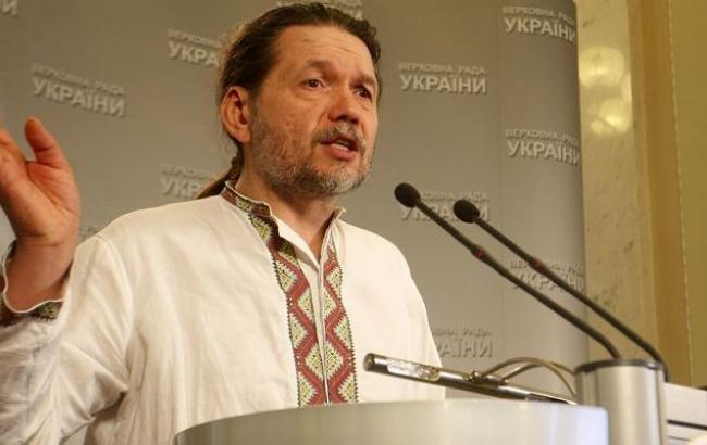 """Мининформполитики анонсировало запуск военного радио """"Голос Донбасса"""""""
