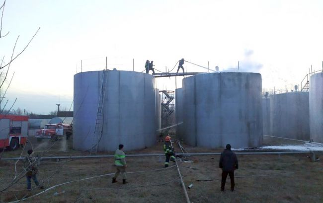 У Чернігівській області сталася пожежа на нафтобазі