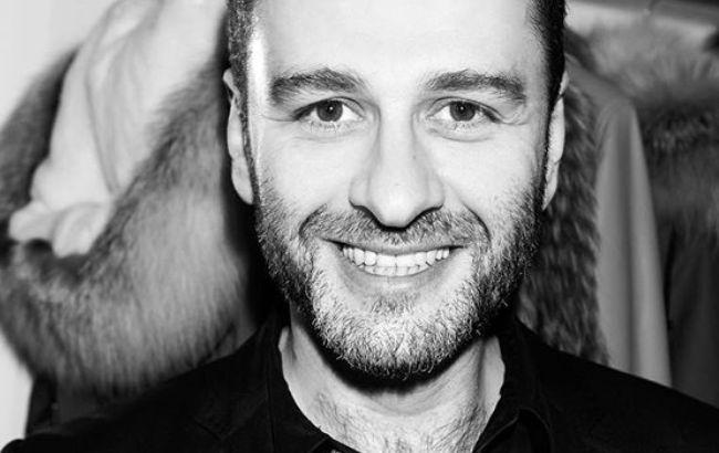Соратник Зеленского устроил скандал на концерте известного певца (видео)