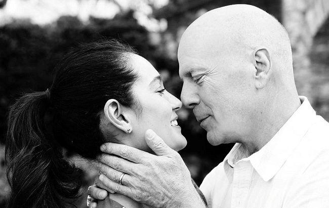 С любимой женой и детьми: Брюс Уиллис весело отмечает 65-летие в кругу самых близких