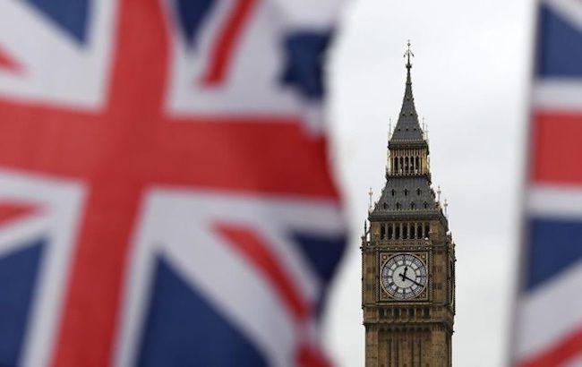 Британия обещает 200 миллионов фунтов на борьбу со второй волной коронавируса