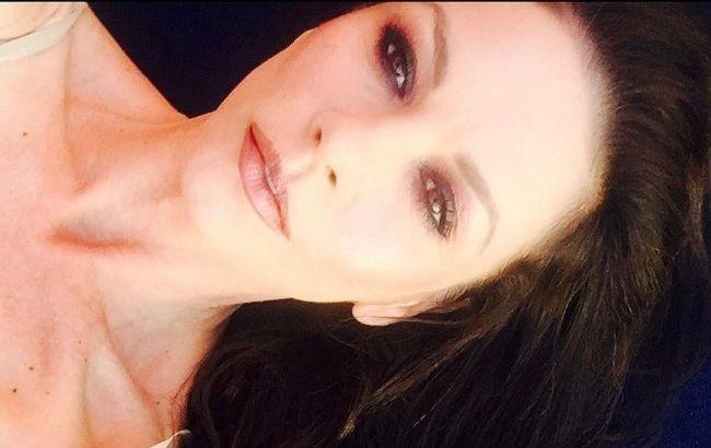 Роскошная женщина: 51-летняя Кэтрин Зета-Джонс поразила молодым внешним видом на новом фото