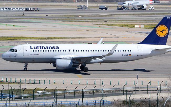 Авиакомпания Lufthansa перестала выплачивать дивиденты и ищет средства для спасения