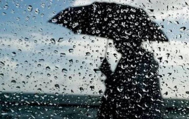 Грозові дощі та до +20 на півдні: погода в Україні на сьогодні
