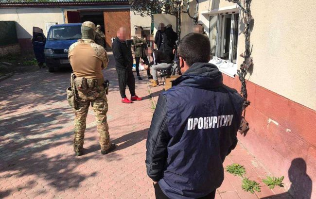Викрадення під приводом лікування: в Україні викрили 6 псевдомедцентрів