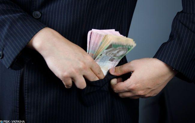 У Рівненській області викрили депутата на розкраданні 2,7 млн гривень при ремонті доріг