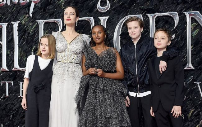 Анджеліна Джолі заговорила про домашнє насильство: люди не хочуть бачити