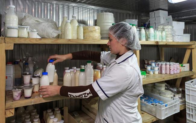 """""""Знайдено в Україні"""": откуда берется сыр, йогурты и кефир для столичного бомонда"""