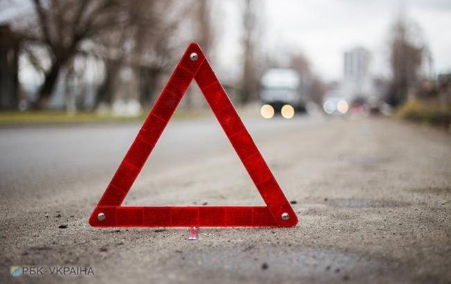 У Дніпропетровській області сталася ДТП, 3 людини загинули та 4 постраждали