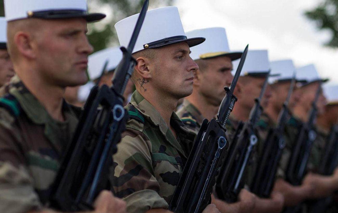 На Донбассе воевали 20 наемников из Франции, - Офис генпрокурора