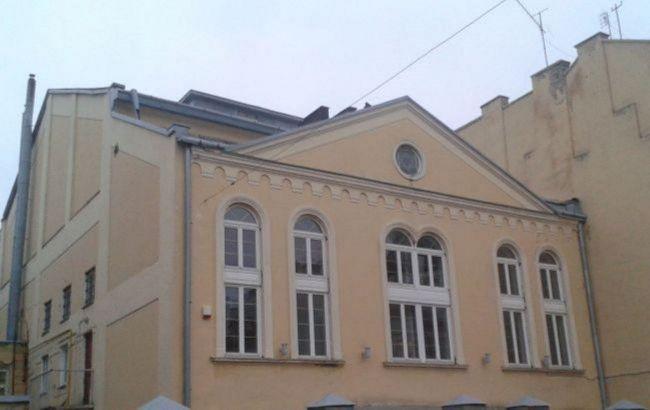 Нападника на синагогу в Маріуполі оголосили в розшук
