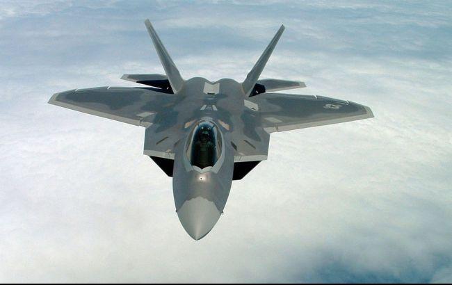 СМИ: США планируют разместить в Южной Корее четыре истребителя-невидимки F-22