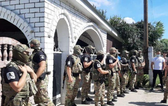 В Харьковской области акция возле поселения ромов переросла в столкновения