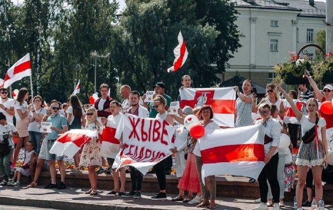 БТР, водомети і оточення Мінська: що відбувається в Білорусі в 29-ий день протестів