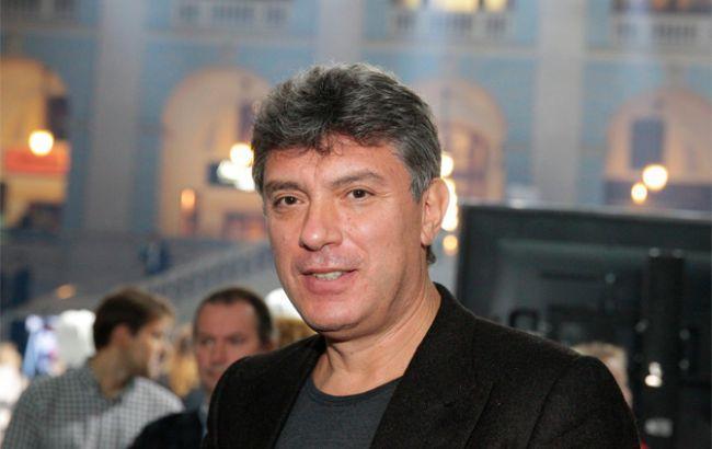 Суд продлил арест обвиняемым в убийстве Немцова