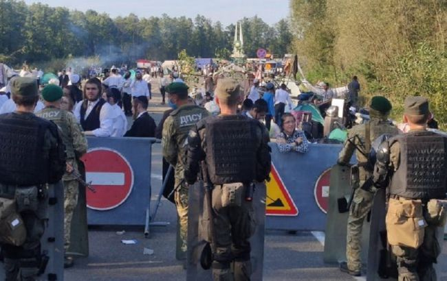 Влада Білорусі навмисне сприяла транзиту хасидів до кордону з Україною, - МЗС
