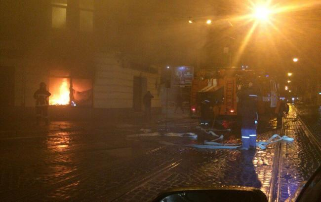 Фото: пожежа у Львові