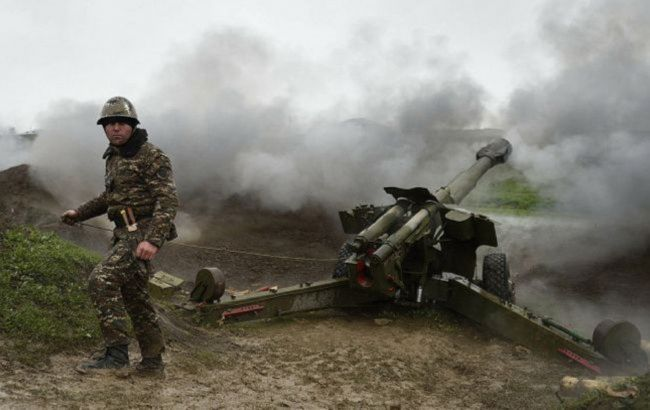 Азербайджан заявил о продолжающихся обстрелах, несмотря на перемирие
