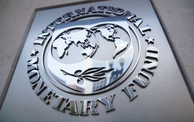 Світова фінансова система стабільна, але зростає уразливість, - МВФ