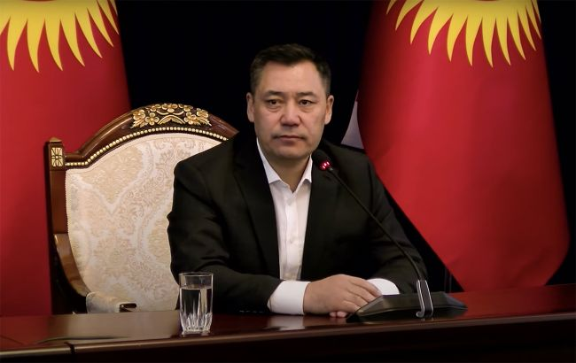 Новый президент и отмена чрезвычайного положения: какая ситуация в Киргизии