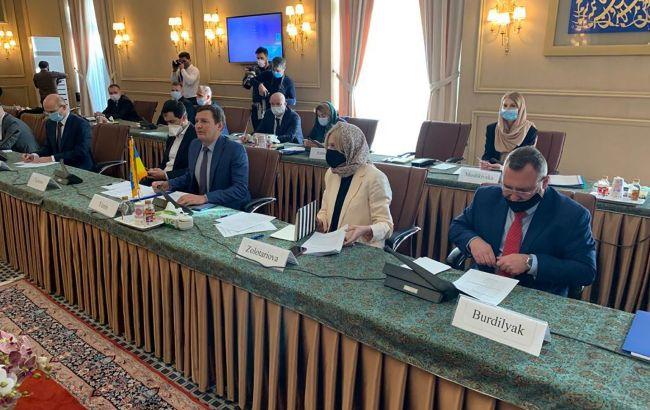 Украина и Иран начали второй этап переговоров по авиакатастрофе самолета МАУ