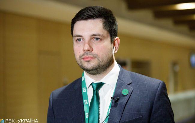 """В """"Слуге народа"""" рассказали, что 120 нардепов будут делать на передовой на Донбассе"""