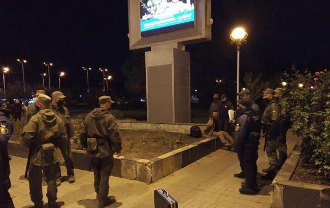 В центре Запорожья произошла стрельба, есть пострадавшая