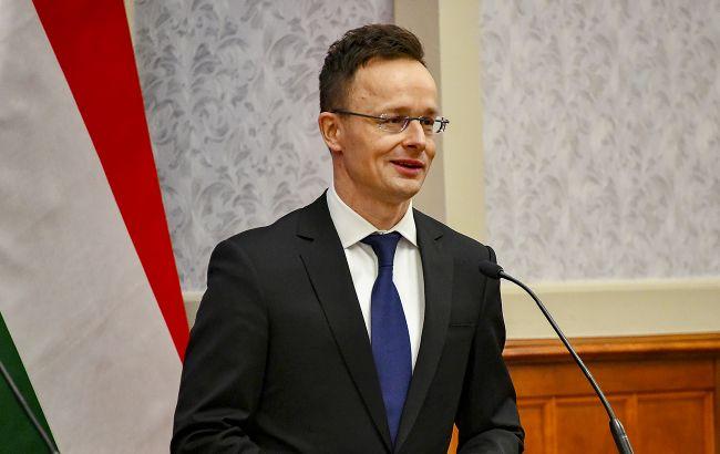 Сийярто резко отреагировал на запрет въезда в Украину чиновникам Венгрии