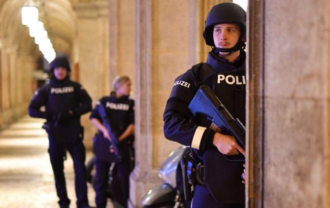 Террористы атаковали несколько объектов в Вене