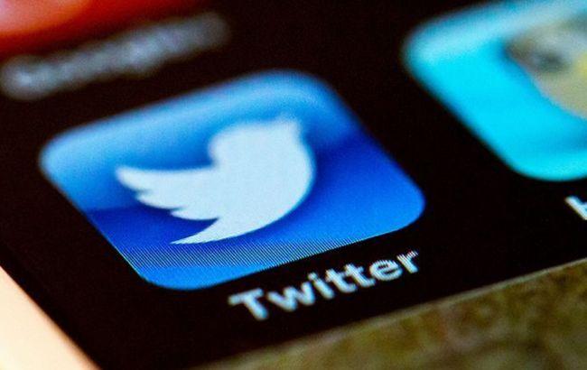 В Twitter заявили, что связанные с РФ  аккаунты продвигали теорию заговора