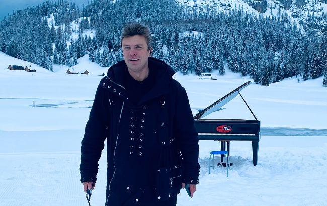 Український піаніст показав фантастичний кліп, знятий у засніжених Альпах