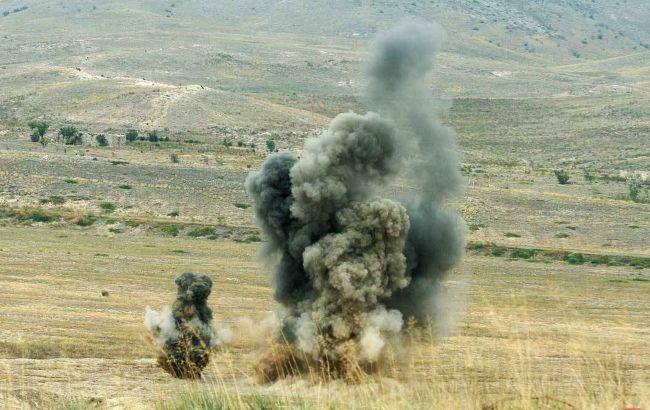 Взрыв на складе боеприпасов и разрушенные дома: ситуация в Карабахе обострилась