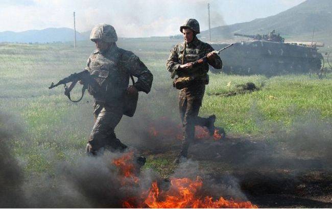 Азербайджан заявил об отступлении армянской армии с части позиций в Карабахе