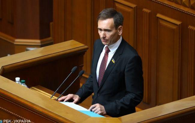 У Зеленського заявили, що він мав текст скандального рішення КСУ до опублікування