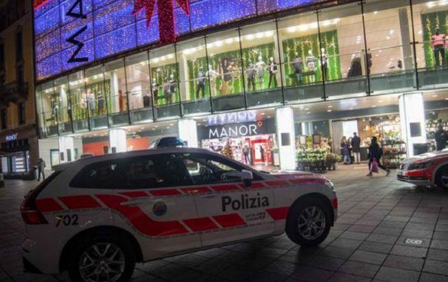 В Швейцарии напали с ножом на двух женщин в торговом центре